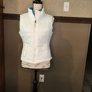 AéRopostale white vest size medium women's Quilted